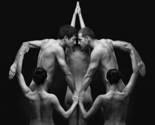 Olivier Valsecchi – Nghệ thuật nhiếp ảnh sắp đặt từ cơ thể người