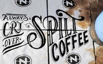 Typography trên coffee cup đầy sáng tạo cùng Rob Draper