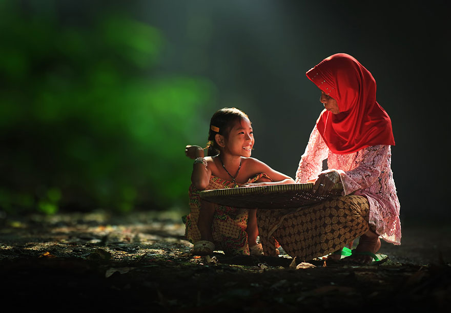 rgb_vn_village-life-indonesia-herman-damar-10