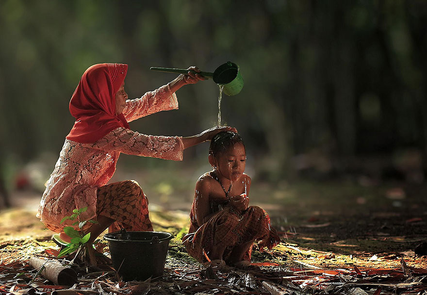 rgb_vn_village-life-indonesia-herman-damar-16