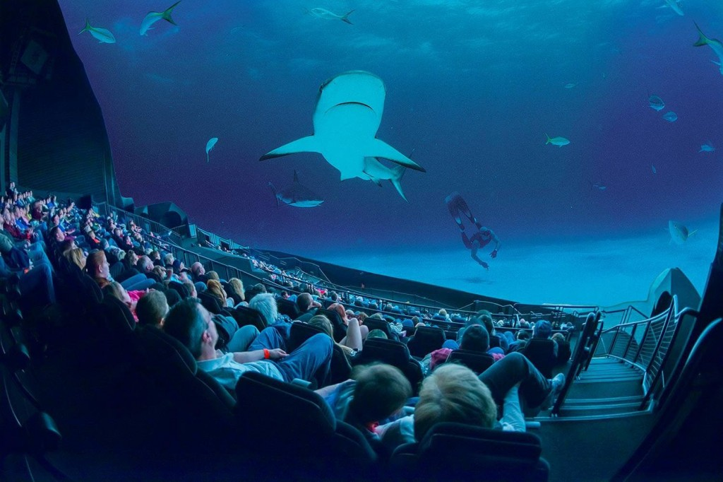 IMAX-screens-get-smaller_