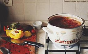 """Quá trình """"nấu nướng"""" đầy thú vị trong bộ ảnh động """"Kitchen Ghosts"""" của Daria Khoroshavina"""