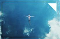 Ngắm nhìn biển cả và bầu trời từ một chiếc mặt nạ lặn