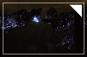 Ánh sáng sau cái chết: Dải ngân hà của Mihoko Ogaki