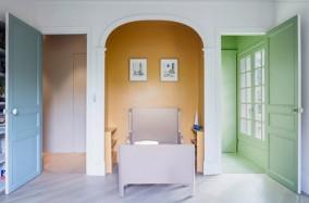 Căn nhà hiện đại nằm ở ngoại ô Paris với thiết kế cổ điển