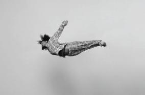 Những người mơ mộng đang bay, bộ ảnh của Tomas Januska