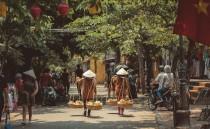 """Bộ ảnh tuyệt đẹp """"Vietnam behind the scenes"""""""
