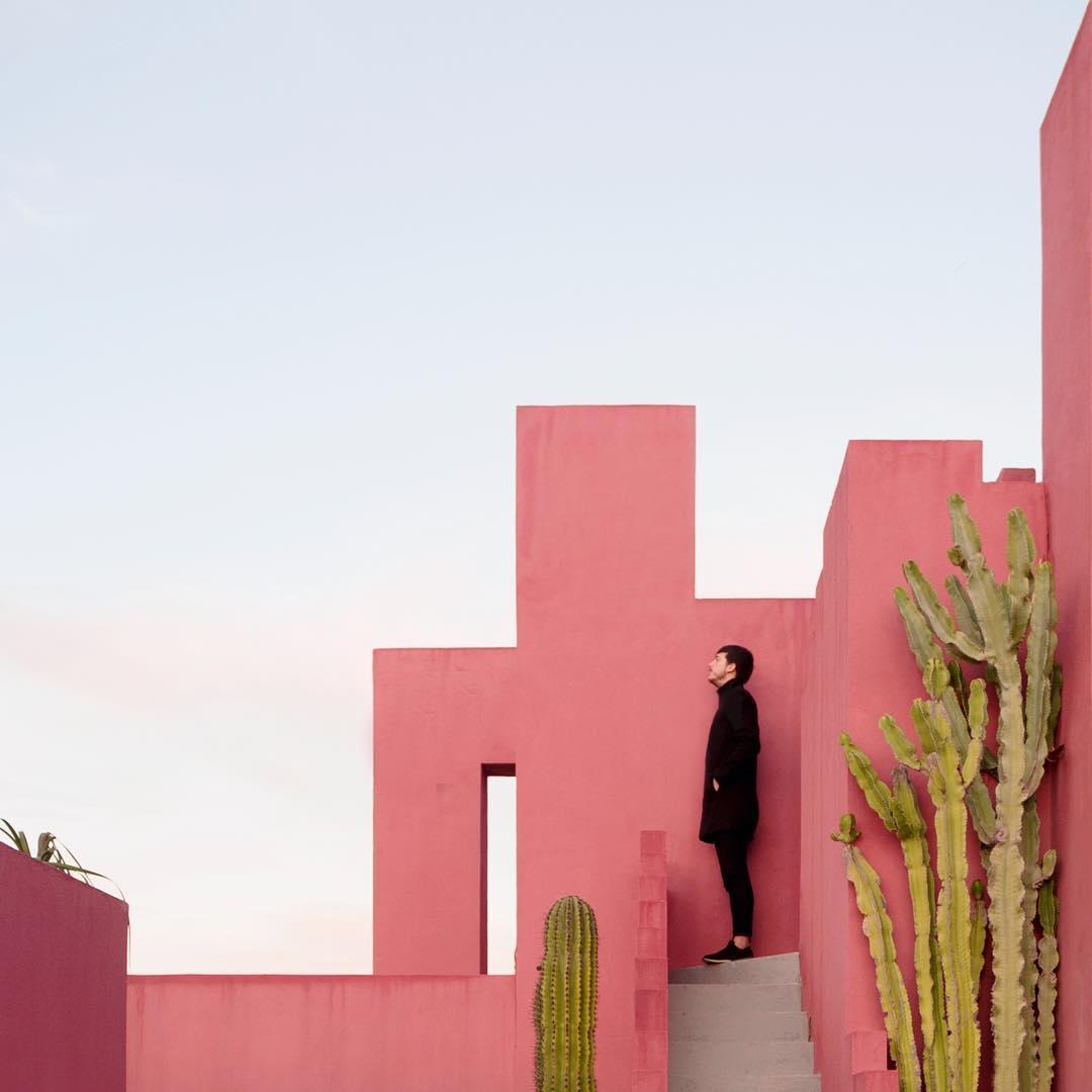 rgb_creative_aesthetic-architecture-photography-traveling-daniel-rueda-anna-devis-13