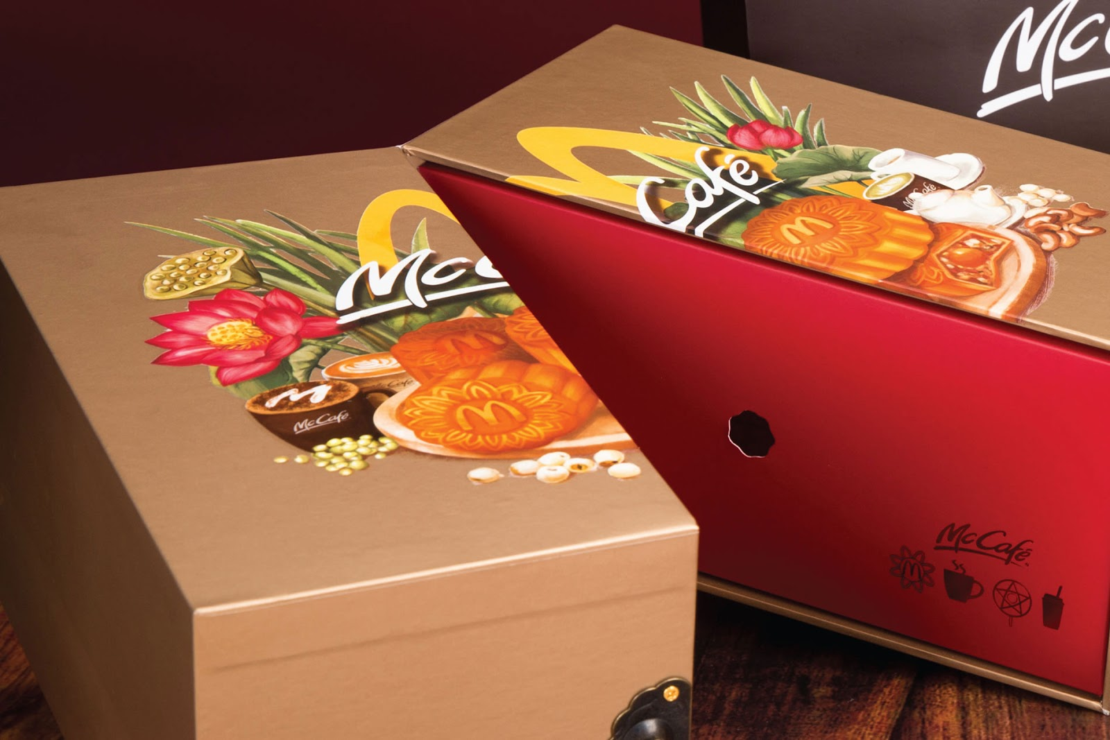 rgb_creative_McDonalds-Vietnam-Mooncake-Box-2017-02