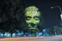 Các vị Thần, Phật… trên cây