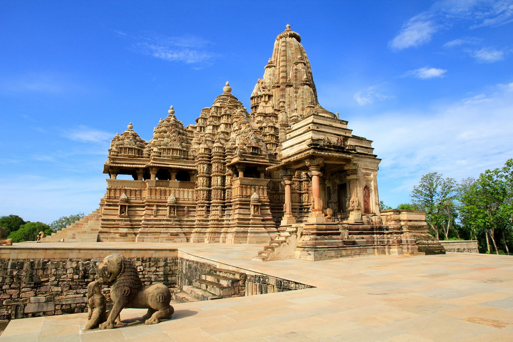 Kienthuc-Khajuharo-temple-01