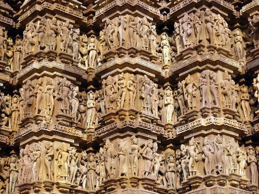Kienthuc-Khajuharo-temple-12