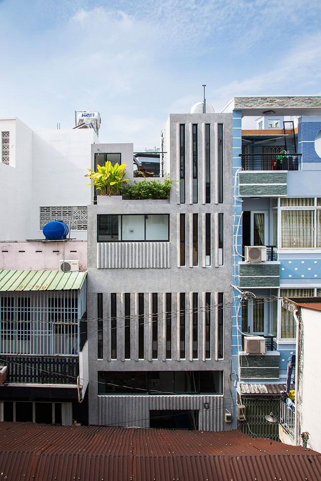 rgb_creative_ideas_design_18-18-house-KHUON-studio-architecture_dezeen_2364_col_4