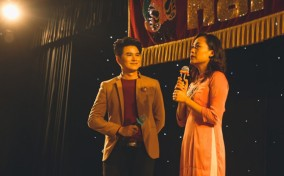 Hồng Ánh, Vũ Cát Tường tiếp lửa họa sĩ trẻ trong ngày khai mạc triển lãm Vẽ Về Hát Bội