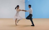 Thông minh là không chờ đợi – Một đòn tấn công đẹp mắt từ Samsung