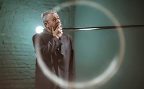 Huyền thoại thiết kế Philippe Starck lần đầu tiên ...