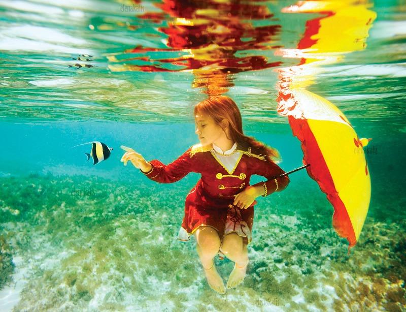 Photography dưới nước đầy ấn tượng của Elena Kalis