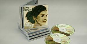 """""""Concrete Butterflies"""" những bìa đĩa được thiết kế lạ mắt"""