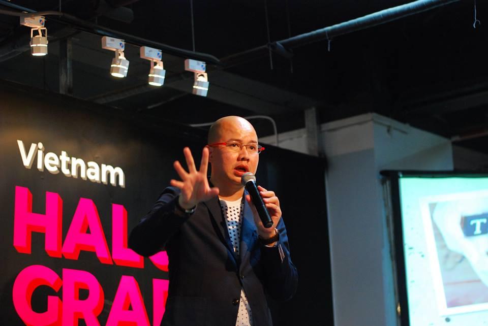 tong-hop-hinh-anh-su-kien-sang-tao-vietnam-halography-va-behance-portfolio-reviews-2016_03