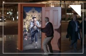 """Cánh cửa """"thần kỳ"""" đến Châu Âu – Chiến dịch quảng cáo xuất sắc của TBWA Pháp"""