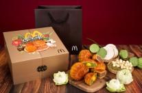 Ấn tượng với hộp bánh trung thu đậm tính truyền thống từ McDonald's Vietnam