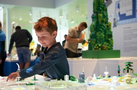 Ngôi nhà Lego, một điểm đến không thể bỏ qua khi bạn đến thăm Đan Mạch